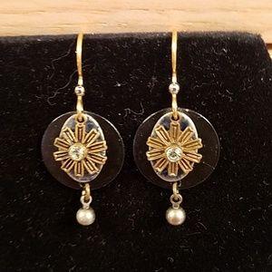Vintage 3 layer flower earrings GUC
